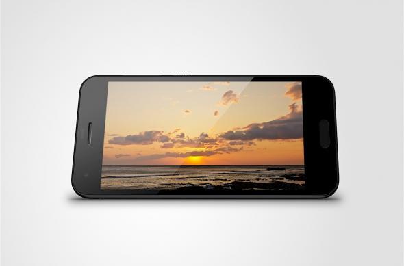htc one a9s horizontaal staand met zonsondergang op de achtergrond